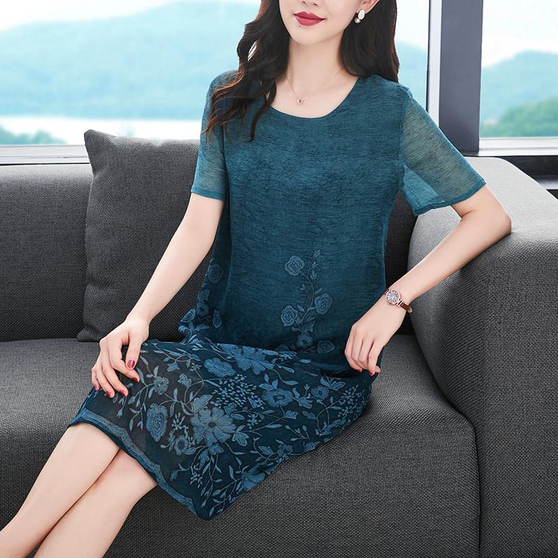 阔太太真丝香云纱定位花2020夏季新品洋气时尚中老年妈妈装连衣裙