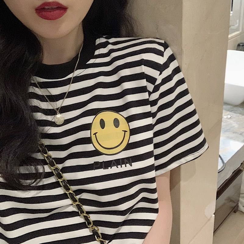 2020 new T-shirt womens summer round neck mid long printed smiling face cotton black and white stripe short sleeve womens wear