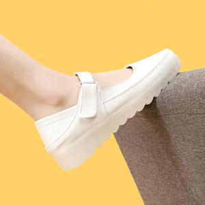 白色护士鞋女2019新款夏季透气软底平底魔术贴舒适厚底增高女单鞋