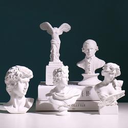 创意大卫雕像艺术摆件北欧样板房间雕塑设计师软装饰品摆设轻奢