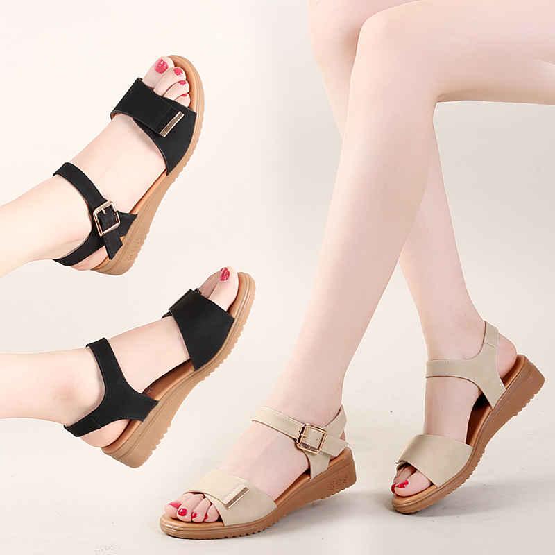 2021 summer new sandals womens flat bottomed versatile soft bottomed comfortable Velcro simple cow tendon bottom anti slip mother shoes