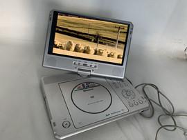 特价 品牌移动DVD机 DVD随身听 CD机 CD随身听 英语CD机 带屏DVD图片