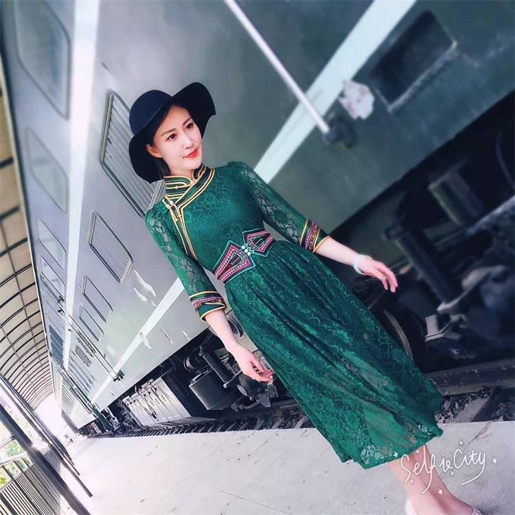 安静的小丸子蒙古丽人女装高品质蕾丝连衣裙长裙女装民族蒙古袍