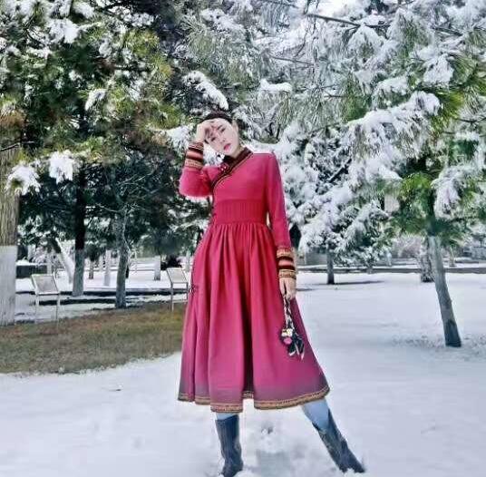 安静的小丸子蒙古丽人女装连衣裙春秋羊毛长裙改良蒙古袍民族元素