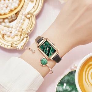 小众轻奢品牌时尚简约休闲商务流行爆款女士石英方形皮带小绿手表