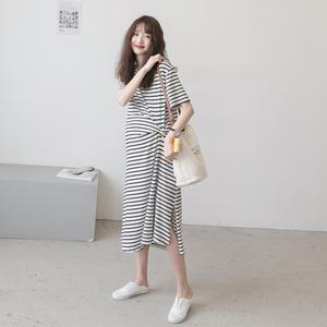 孕妇连衣裙夏装2020时尚大码休闲条纹长款纯棉过膝夏季短袖T恤裙