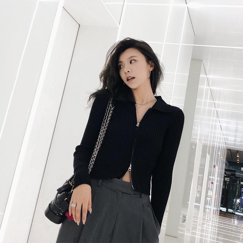 Ad DAGO 2020 new European and American high collar T-shirt slim black sweater top