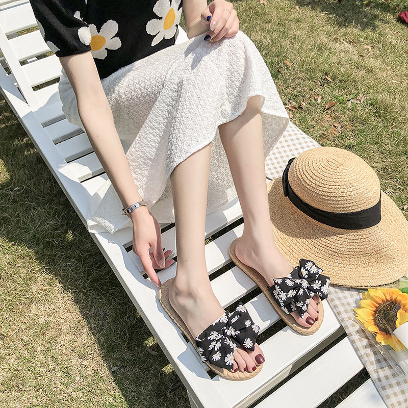 Summer new lady sandals flat bottomed casual open toe ROMAN SANDALS fairy slippers 2020