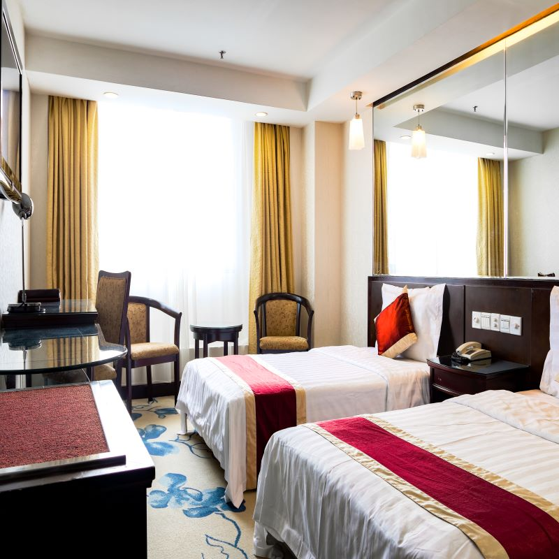 New World Hotel Deluxe Twin Room