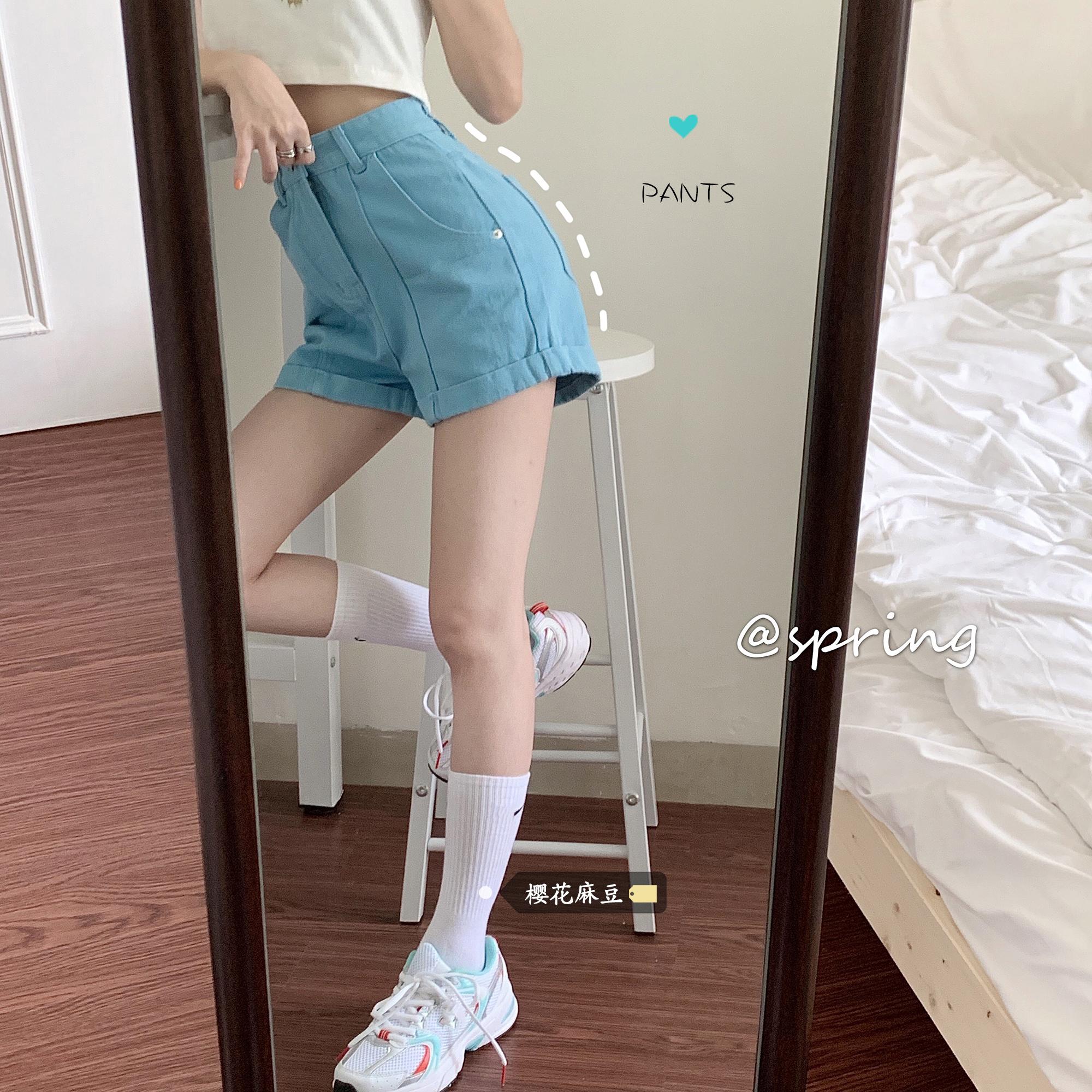 韩系穿搭适合什么人:韩系风格穿衣打扮