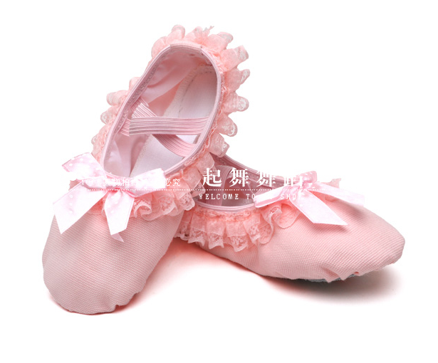 Childrens dance shoes womens ballet shoes lace bow soft soled exercise shoes girls cat claw shoes performance dance shoes