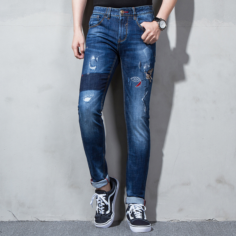 Ec046 nagging spring and summer 3D embroidery bird fashion small foot mens broken hole embroidery Slim Fit Jeans