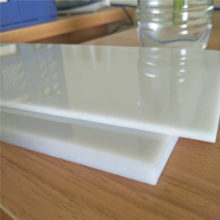 厂家直销 PC耐力板隔音墙 公交车站台耐力板 宣传栏3mmPC耐力板