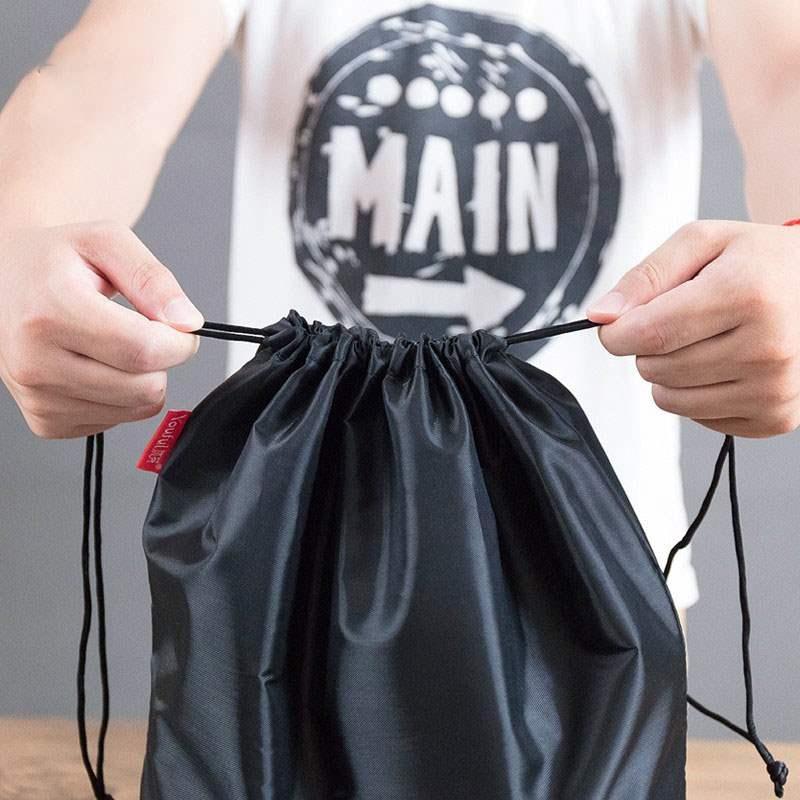 便携黑色收纳束口收纳袋防水运动包衣服玩具小布袋抽绳袋