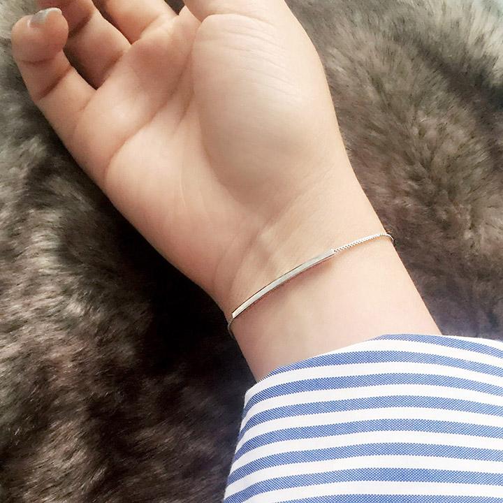 时尚小饰品光面长条一字闺蜜手链女韩版简约学生清新个性手镯手饰
