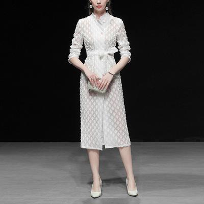 春装2020新款女装白色复古收腰中长款风衣休闲修身薄款过膝外套潮