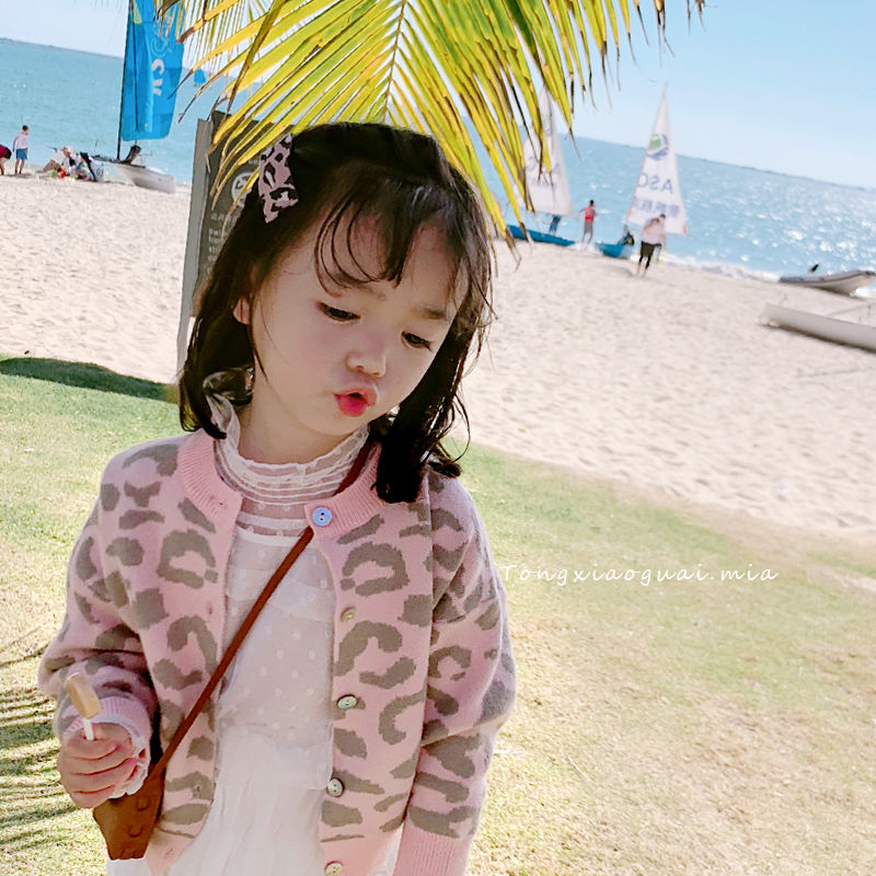 2019 spring and autumn new childrens wear leopard cardigan Korean versatile coat girls cardigan sweater knitted coat