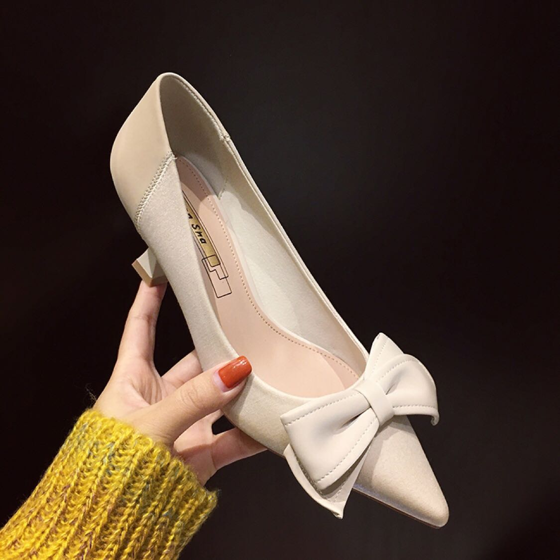 Jinhansha high heeled shoes women 2020 new fairy style bowknot thin heel versatile soft leather pointed cat single shoes women