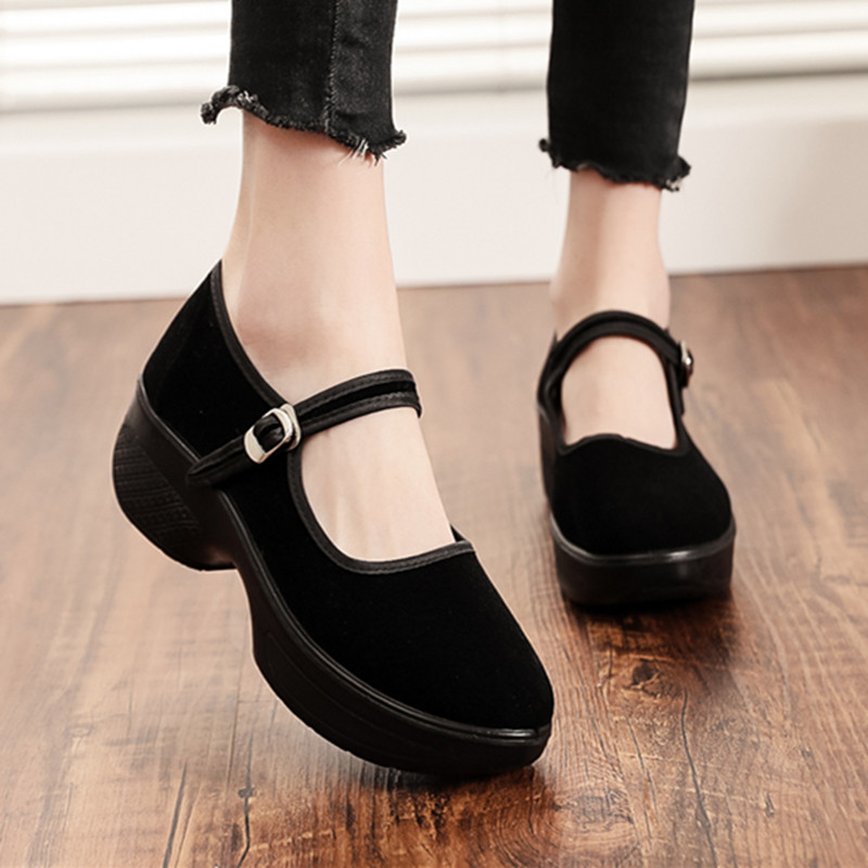 Old Beijing cloth shoes womens shoes flat sole single shoes leisure work shoes womens black soft soled dancing womens shoes mothers shoes antiskid
