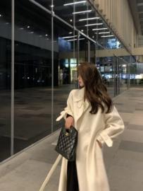 白色呢子大衣女韩版宽松2020年新款秋冬中长款毛呢加厚羊毛外套