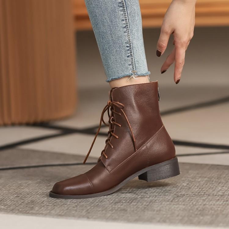 复古风女舒适百搭低跟系带马丁靴