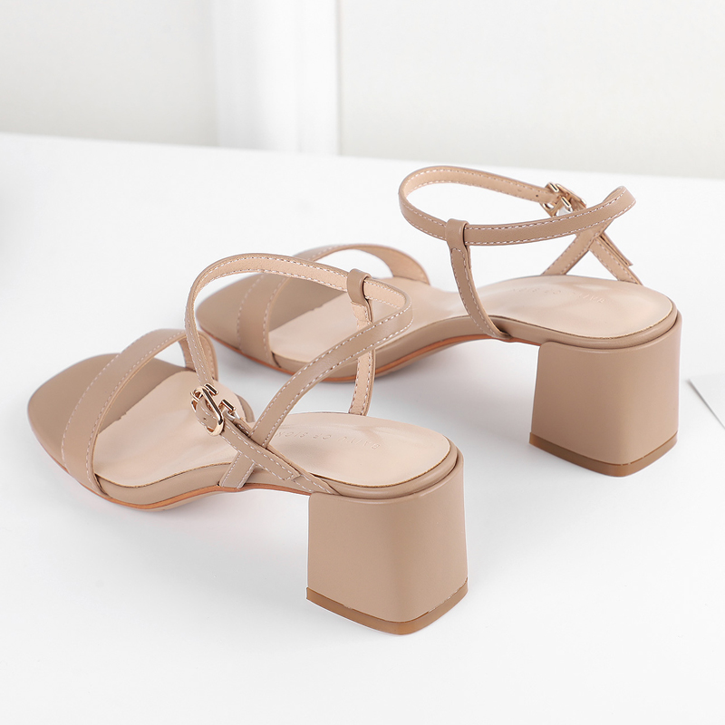 The same sandals for women in 2020