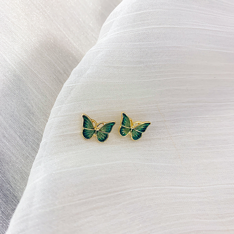 925 silver needle Earrings French oil painting style gentle and flexible butterfly small earrings temperament female Korean simple Earrings
