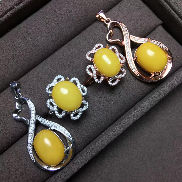 Jewelry set 925 Sterling Silver Plated 18K gold inlaid with natural chicken oil yellow beeswax ring necklace pendant earrings for women