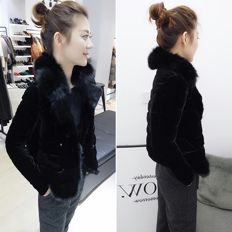 欧洲站2020年冬季新款欧货时尚修身大毛领黑色羽绒服外套短款女装