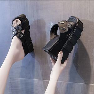 爆款凉拖鞋外穿2021年夏季新款女鞋