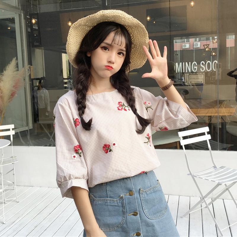 夏季女裝韓版日系甜美小清新繡花棉麻上衣女七分袖格子娃娃衫襯衣