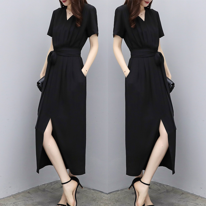 Temperament Hepburn wind and snow spinning dress womens summer 2020 new style waist slim black V-neck split Knee Skirt