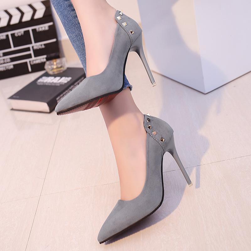 2017欧美10cm裸色尖头高跟鞋女秋季细跟中跟浅口性感黑色绒面单鞋