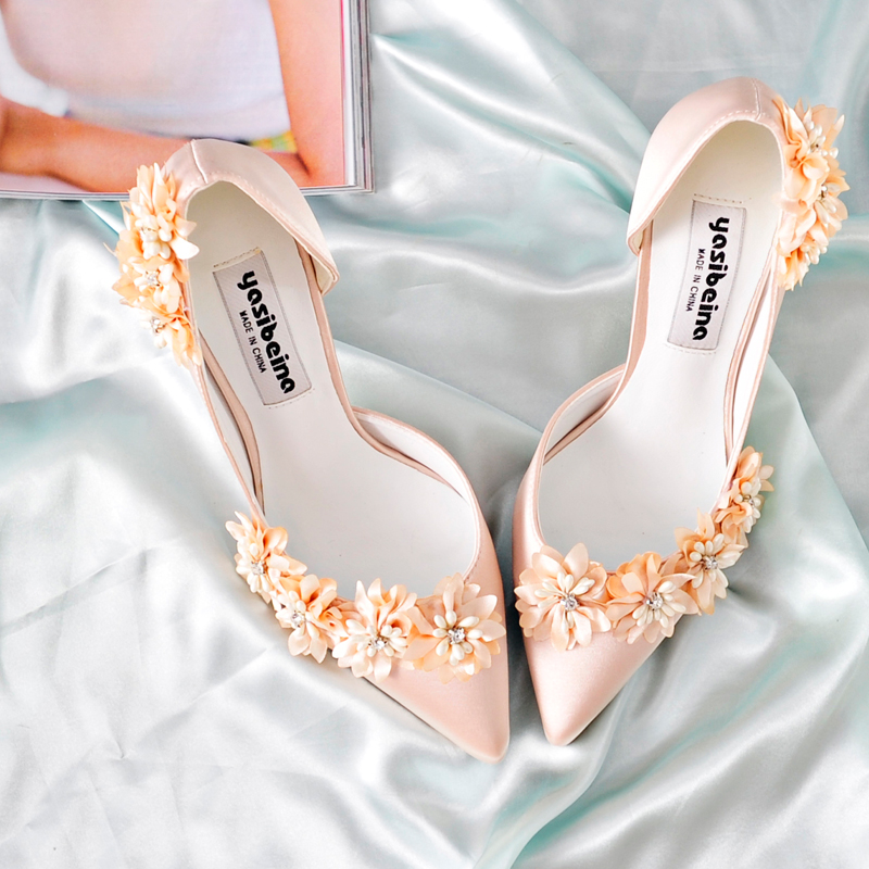 New silk and satin flower wedding shoes in the spring of 2020