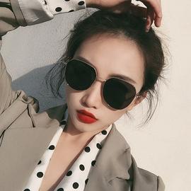 韩国潮网红墨镜女圆脸方圆形偏光太阳镜街拍防紫外线遮阳男士眼镜图片