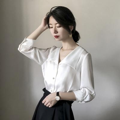 雪纺白衬衫女设计感小众2020夏季女士v领上衣七分袖洋气时尚衬衣