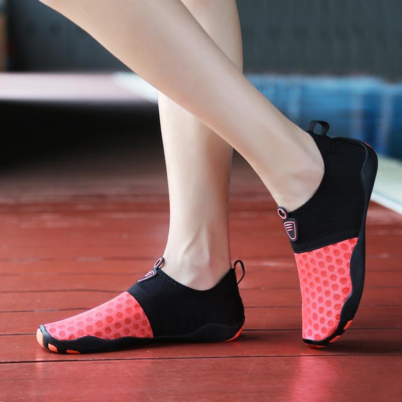 夏季浮潜鞋