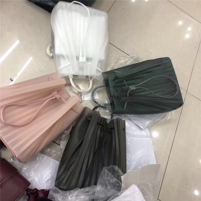 包郵 超美2019年新款褶皺女包4色果凍雙肩包大容量背包子母包