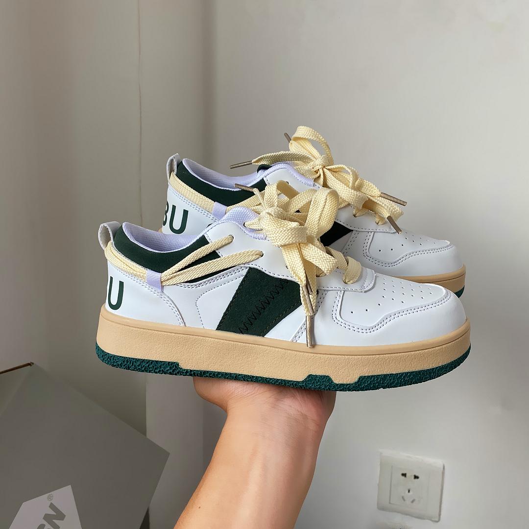 易少年 德训鞋女国潮板鞋学生百搭低帮小白鞋军训运动鞋2021新款