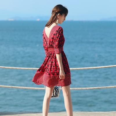 夏季女装雪纺连衣裙海边度假沙滩裙露背小个子短裙韩版教师中长裙