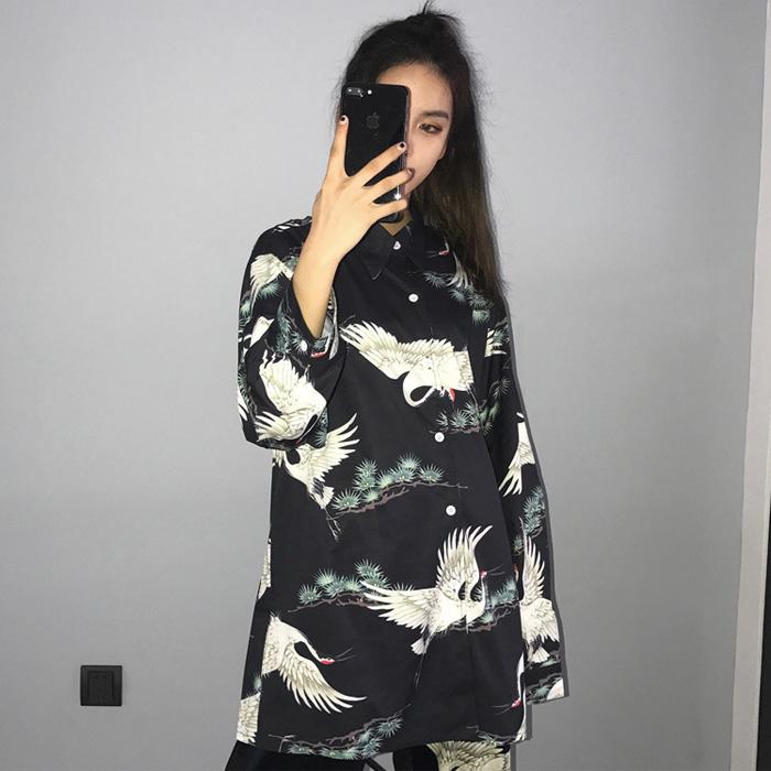 秋冬韩版女装新款ulzzang复古原宿风上衣宽松仙鹤印花长袖衬衫女