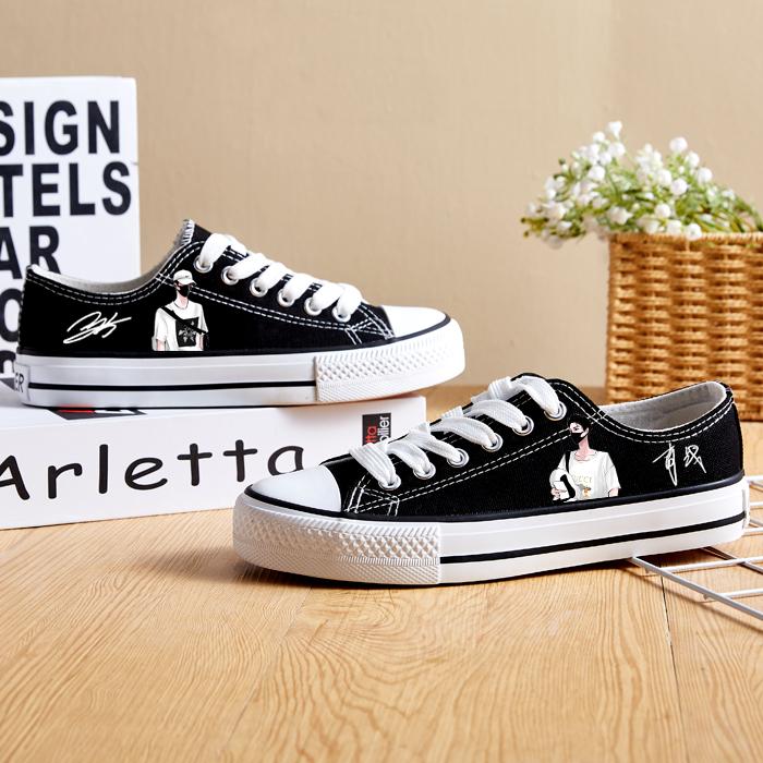 春夏款肖战Q版签名款王一博同款平底运动鞋女学生鞋低高邦帆布鞋
