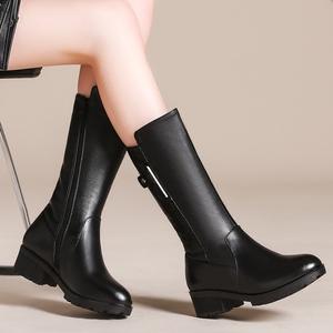 冬季羊毛女靴新款真皮中长靴女