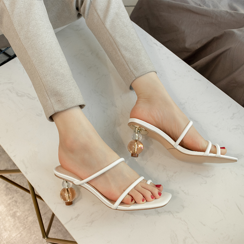 2020 new ins special-shaped heel clip toe thin strap high-heeled sandals for women