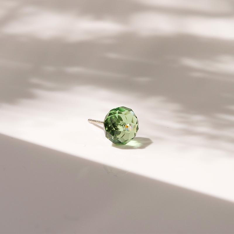 采用施华洛世奇元素水晶星期彩色耳钉小巧女学生耳饰925银针耳环图片