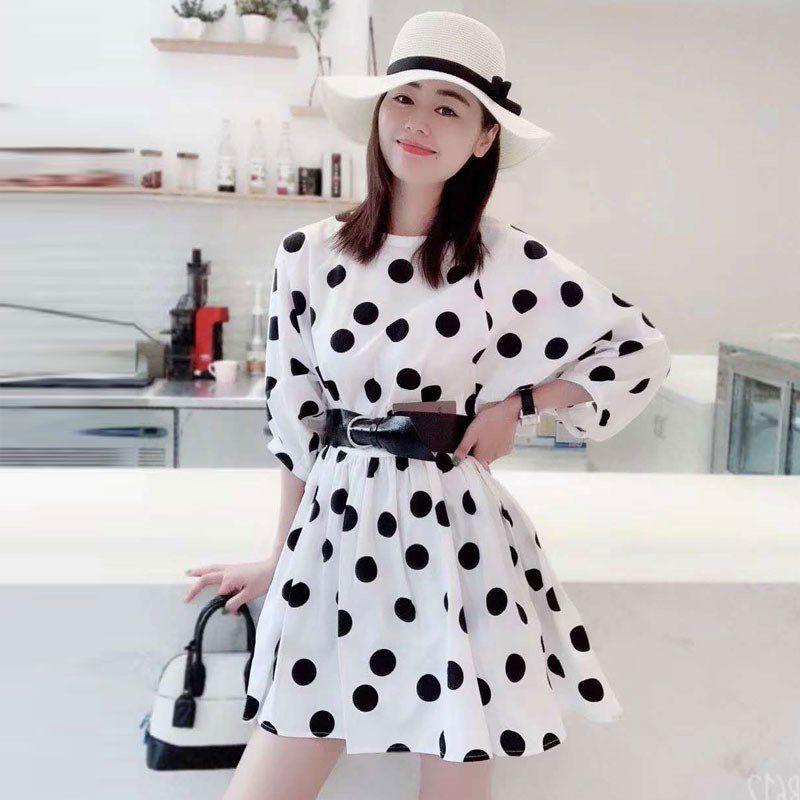 欧阿玛施旗女装2020春夏装新款时尚韩版黑白圆点七分袖宽松连衣裙