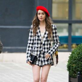 2020秋冬季新款经典复古黑白格子双排扣西装外套+短裤套装女时尚图片