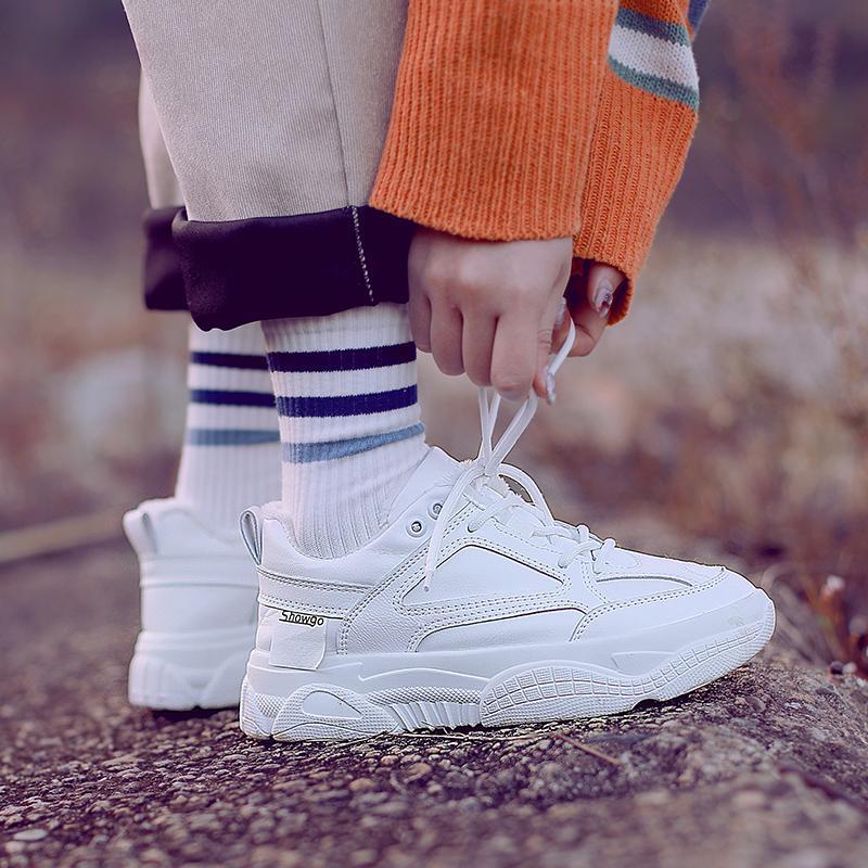 加絨小白鞋女秋冬新款百搭韓版運動鞋女學生平底白色網紅休閑板鞋