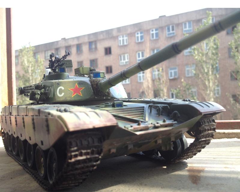 Q-小号手军事拼装模型 1/35 仿真中国98式坦克 成人手工制作diy拼