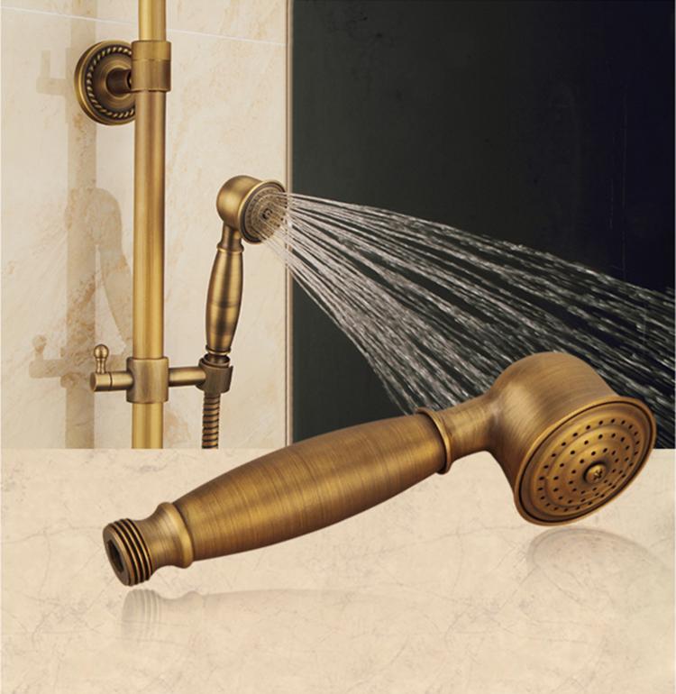 欧風のアンティーク風の全銅純黒の古銅シャワーの花を手に持って、小さなシャワーヘッドを持って、片手で花を噴きます。